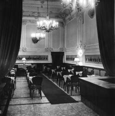 Nemzeti presszó, Budapest 1961.