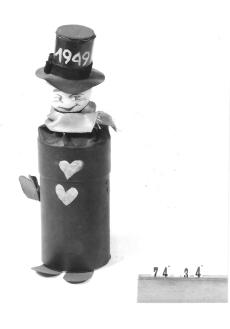 Ruszwurm Cukrászda védett tárgyai, Budapest, férfifigura