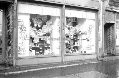 Üzletek a Kossuth utcán
