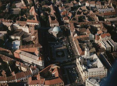 Pécsi főtér