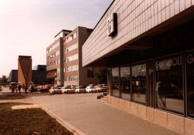 A Bajcsy-Zsilinszky úti üzletsor