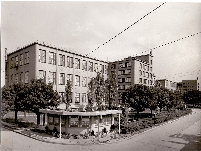 Tisza cipőgyár gyárépület és raktár