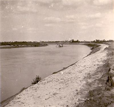 Tisza-kanyar nyáron 19-20 km-nél