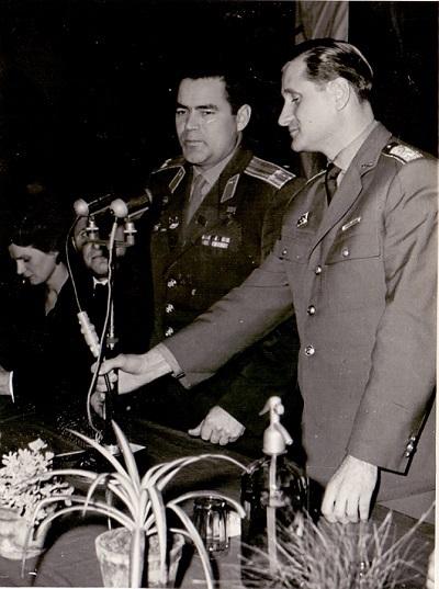 Tyereskova és férje Martfűn