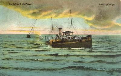 Hullámzó Balaton. Baross gőzhajó