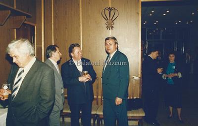 Polgármesteri fogadás a Juventus Étteremben, Helikon 96.