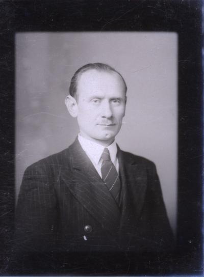 Férfi portréja