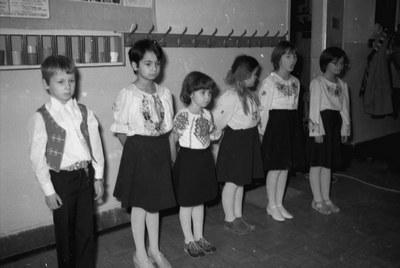 Mikulás ünnep és műsor az iskolában