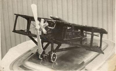 Gundel repülőgép formájú torta
