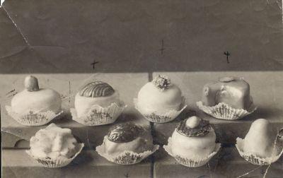 Oroszy cukrász mignonjai