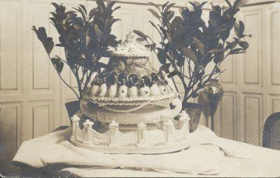 Fészl József cukrászkészítménye a New York szállodában