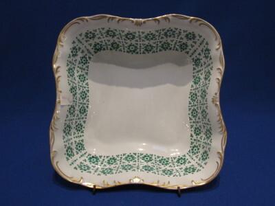 Köretes tál, porcelán