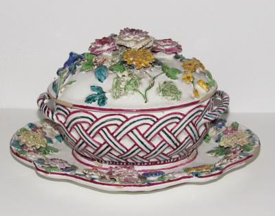 Holicsi porcelán süteménytartó készlet