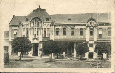 Royal Szálloda - képeslap, Zenta, 1923
