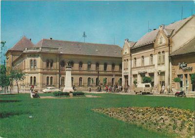 Karcag - Kossuth Lajos tér
