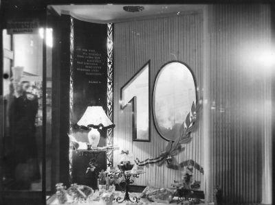 55. számú Édességbolt kirakata, fénykép