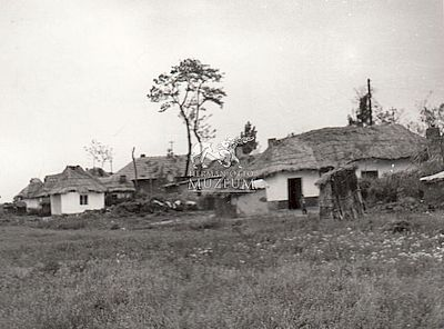 Cigányputrik a falu végén