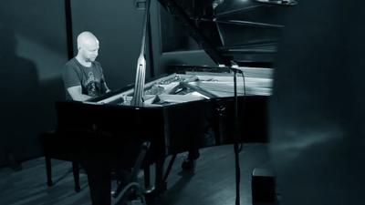 Zsolt Kaltenecker: Drumming