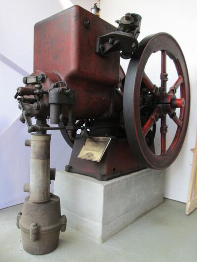 Fairbanks típusú stabilmotor