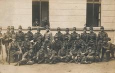Katonák csoportképe 1918-ból