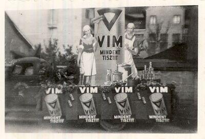 VIM reklám installáció 1947.