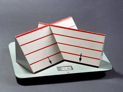 Schnittgerade zweier Ebenen mit Höhenlinien