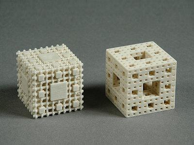 Menger-Schwamm der dritten Iterationsstufe und Komplement