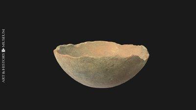 Bowl with conical base and flaring rim, Coupe à bord évasé et à fond ogival, Kom met conische bodem en uitstaande rand