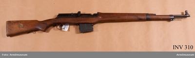 Automatgevär m/1942 B
