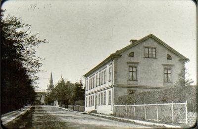 S:t Olofsgatan 11, det Neuman-Jungmarkerska huset. Doktor C.A.L. Neumans, sedermera hans mågs, järnvägsläkaren Simon Jungmarkers fastighet vid dåvarande järnvägsgatan -