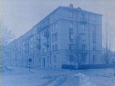 Oskarsparken 21-19-17-15, Örebro Femvånings bostadshus med balkonger. (Byggnadsnämnden genom arkitekt Arn)