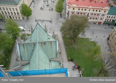 Bilder tagna under renoveringen av tornet på Nikolaikyrkan 2005. Utsikt från Nikolaikyrkans torn. Rådhuset, Stortorget, Engelbrektsstatyn, m.m.