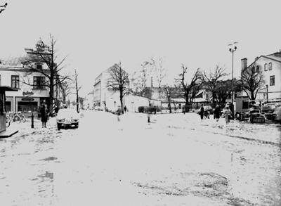 Bostadshus och byggnader, Hotell Örebrohus till vänster på bilden. White Arkitektkontor AB.