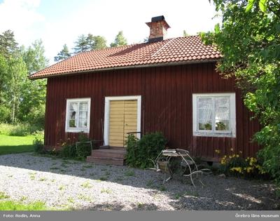 Inventering av kulturmiljöer i Axberg, Ervalla och Ödeby. Område 3. Miljö 64: Södra Listre. Dnr: 2010.240.086