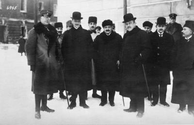 Första världskriget. Centralmakternas ombud.