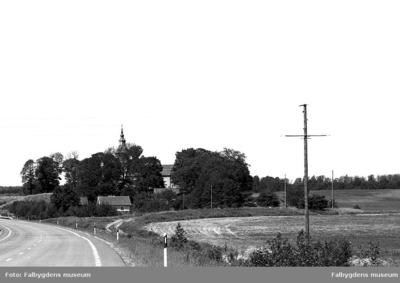 Bjurums kyrka + gamla skolan.