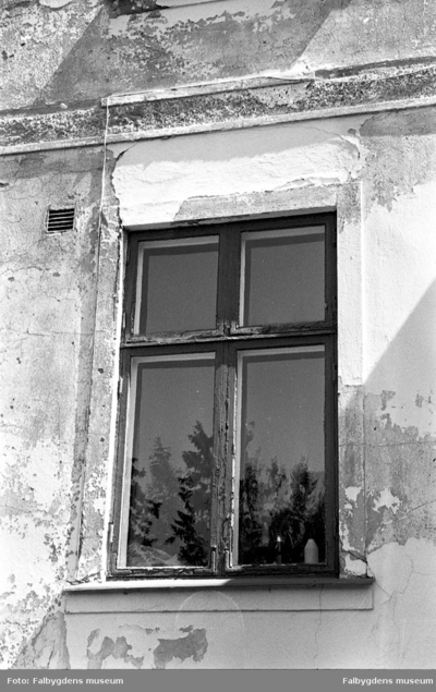 Gamla stan 1:6 V. Huset rivet 1986. Detalj.