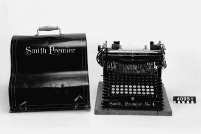 Skrivmaskin, dubbla tangentbord