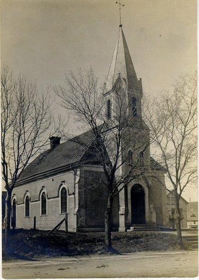 Exteriör av Johanniskyrkan som byggdes 1902 av Metodist-församlingen. Från början var den utvändigt av trä men blev senare reverterad. År 1966 överlämnades den till Alliansförsamlingen.