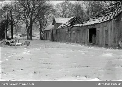 Äldre byggnader vid Fåraberget.