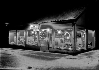 Wera-magasinet, men var? I Skara eller längt upp på Storgatan, Falköping?