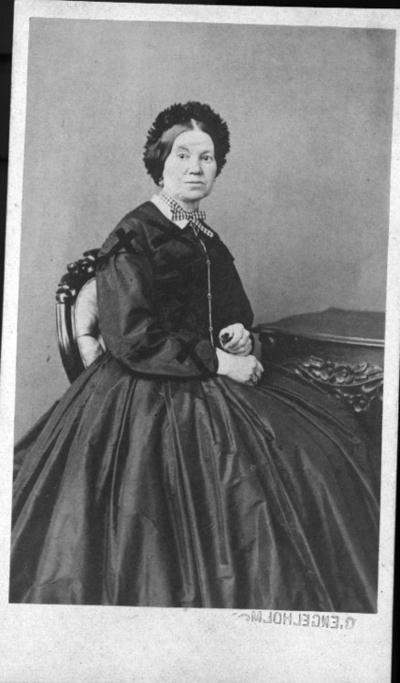 Lovisa Ulmgren, född Behmer, förmodligen dotter till Magnus Behmer (1775-1855) som var rådman och källarmästare i Örebro.