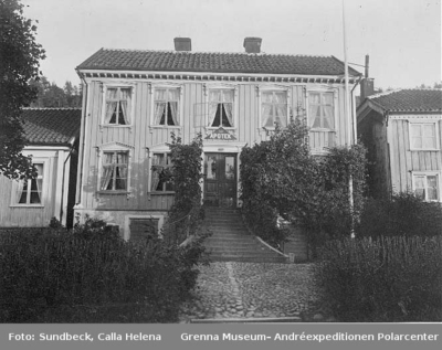 Apoteket på Brahegatan 26, år 1908.