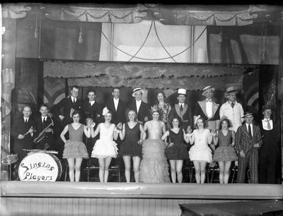 Singing Players och Falköpings teatersällskap.