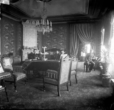 J.A. Forss' salong.