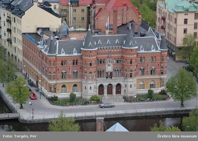 Bilder tagna under renoveringen av tornet på Nikolaikyrkan 2005. Utsikt från Nikolaikyrkans torn mot norr. Nerikes Allehanda, m.m.