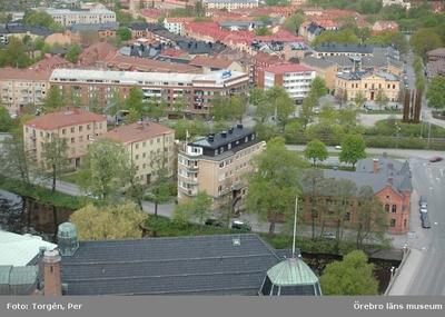 Bilder tagna under renoveringen av tornet på Nikolaikyrkan 2005. Utsikt från Nikolaikyrkans torn mot väster. Vasakyrkan, Vasabron, m.m.