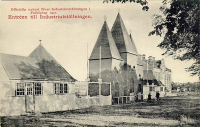 Falköpings Hantverks- och Industriförening. Officiella vykort över Industriutställningen i Falköping 1910. Entréen till Industriutställningen.
