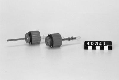 Batteriplugg, med inbyggd syraprovare