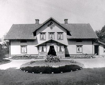 Hårdaholms herrgård i början av 1900-talet. Gården ägdes av fröken Anna Brisman.